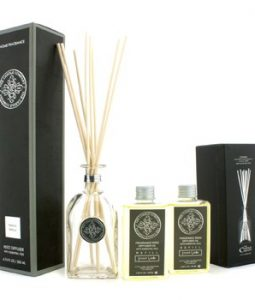 THE CANDLE COMPANY REED DIFFUSER WITH ESSENTIAL OILS - FRENCH VANILLA 200ML/6.76OZ